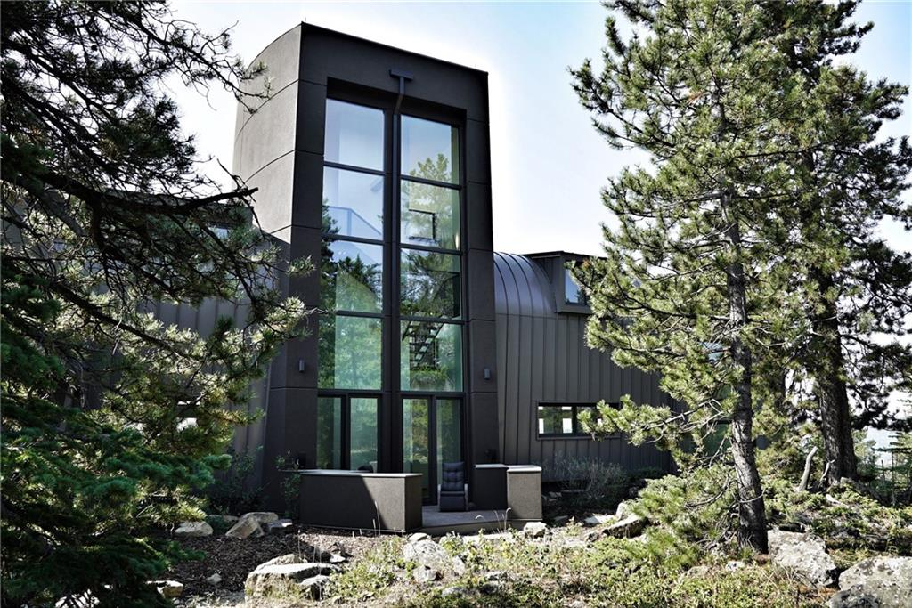 Bragg Creek Luxury Home